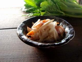 ケンサキイカとセロリ・根菜のマリネ